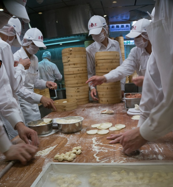 ding tai fung kitchen